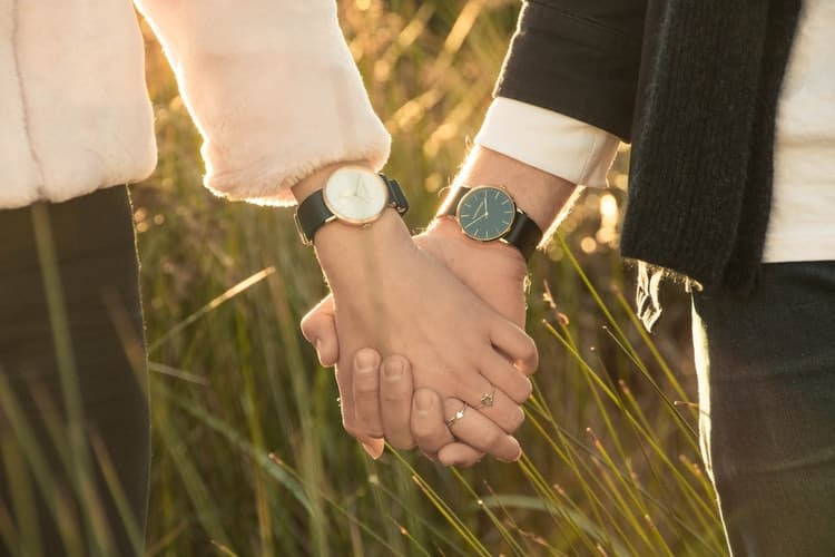 Fashion Watches Couple Timepieces For The Love Couple